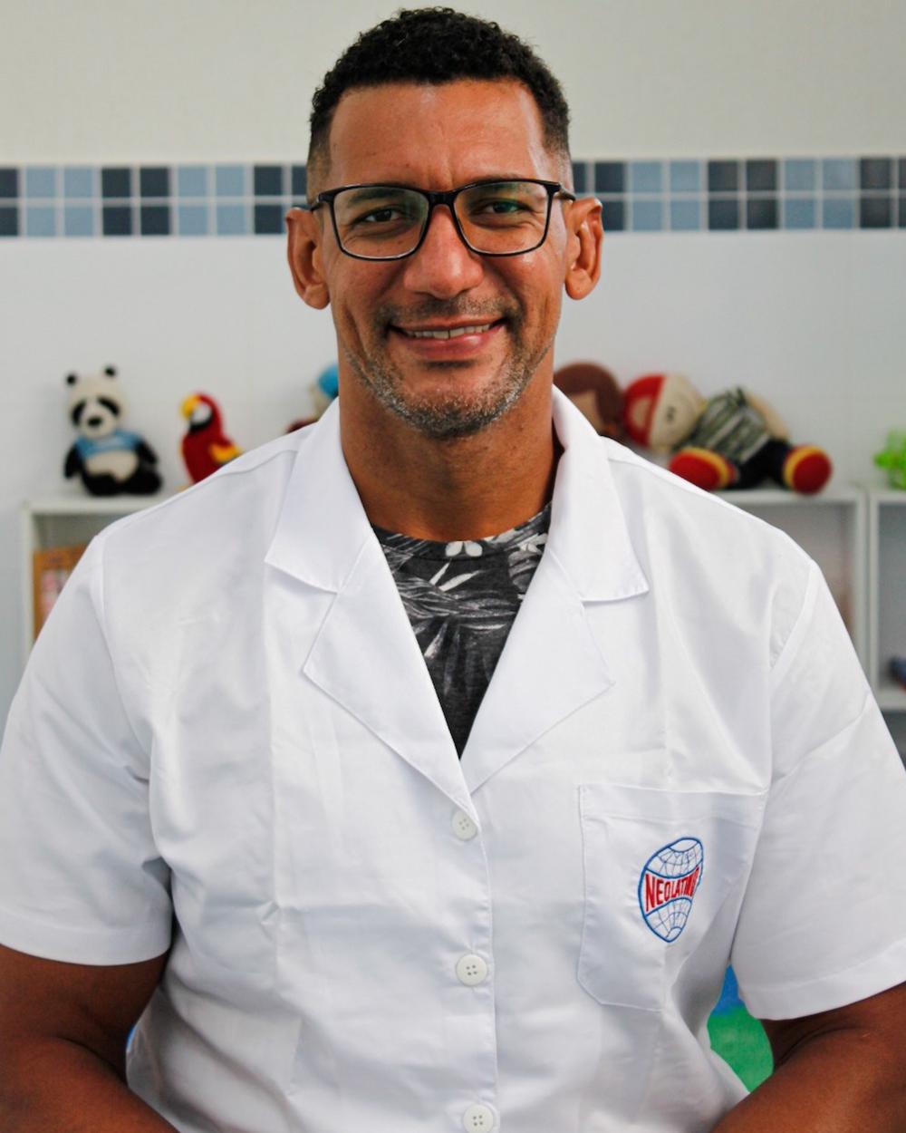 Prof. FERNANDO EGÍDIO